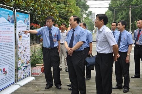 湖北省检察院常务副检察长张正新率该院控申处