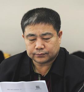 员,辽宁省政协副主席、省工商联主席赵延庆:检